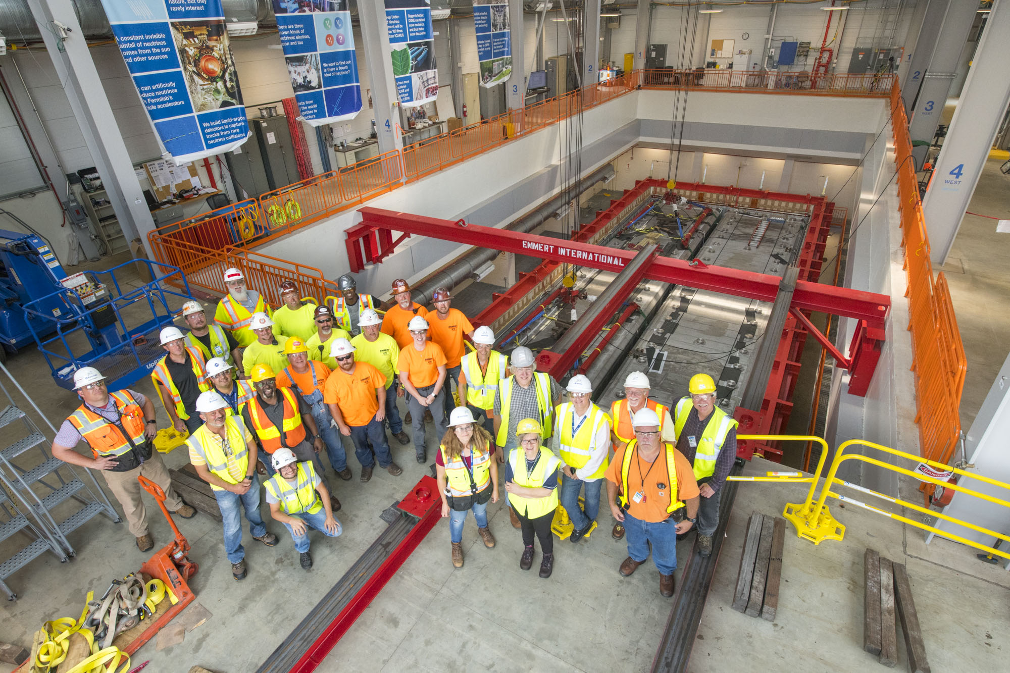 ICARUS neutrino detector installed at Fermilab | symmetry magazine