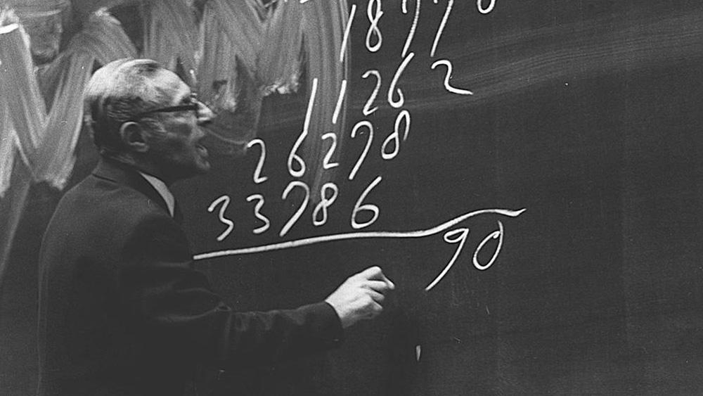 Photo: Wim Klein at blackboard