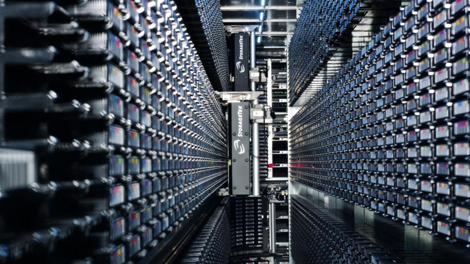 Image: 100 petabytes