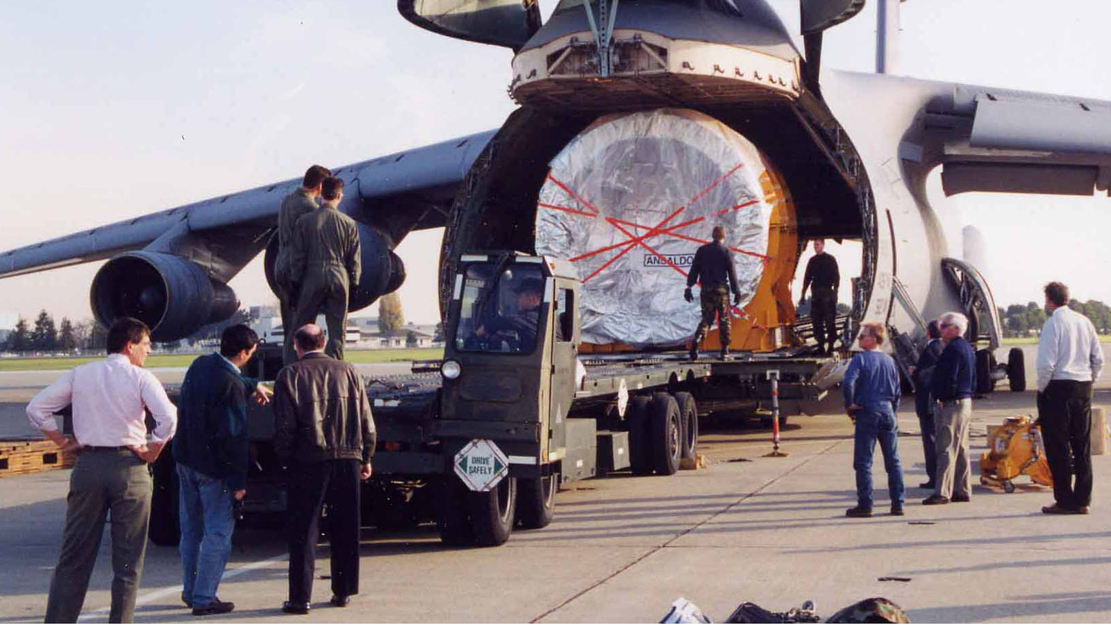 Photo of BaBar coil arrives in cargo plane
