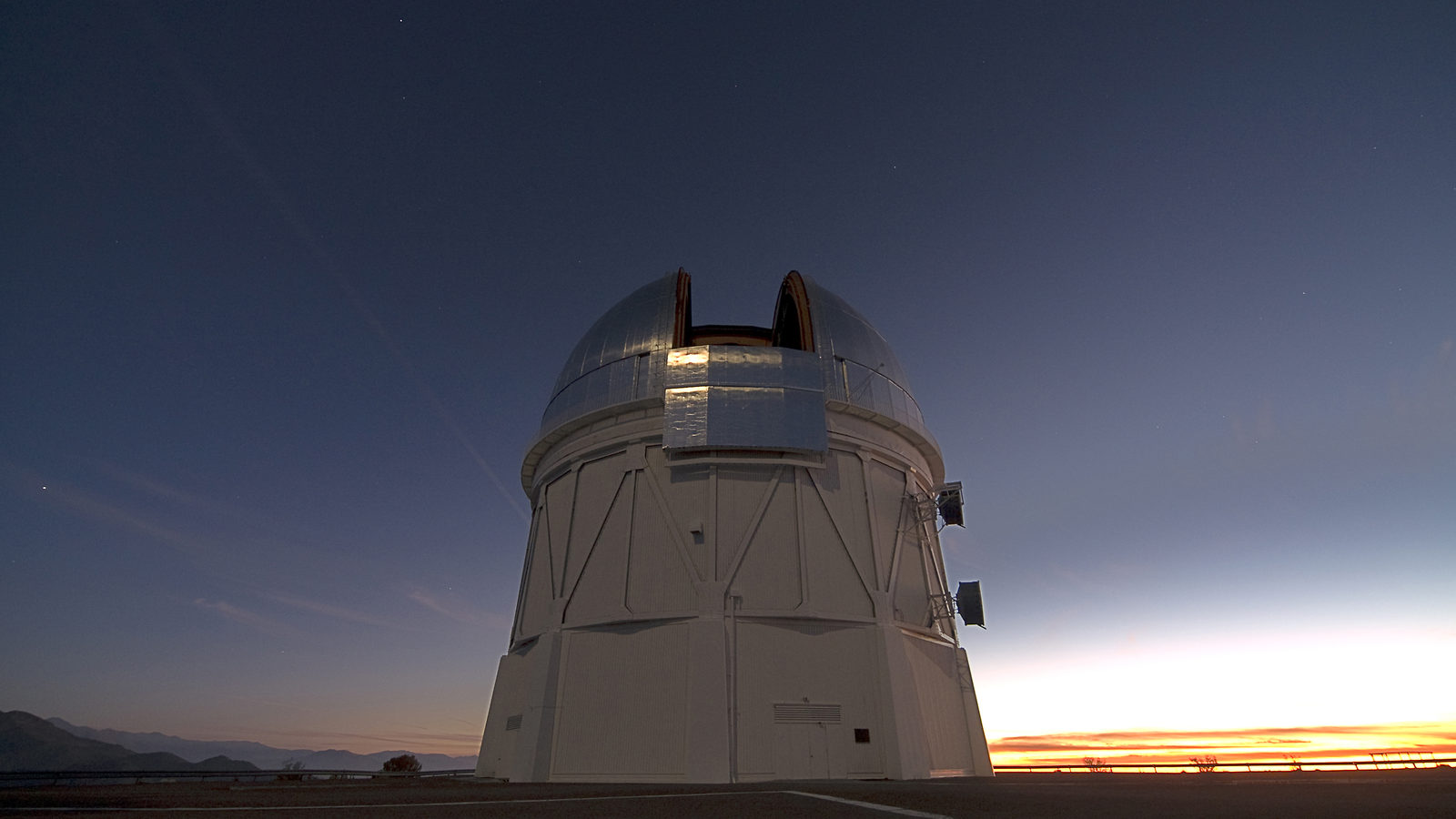 Photo of DECam on telescope