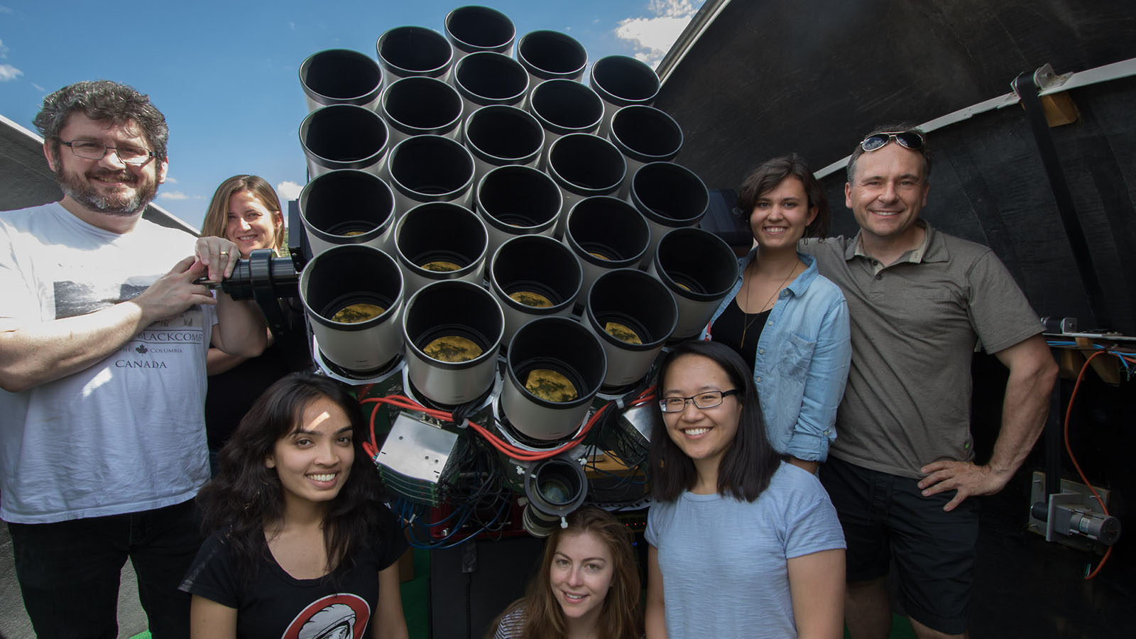 Image of physicists who worked on Dragonfly 44