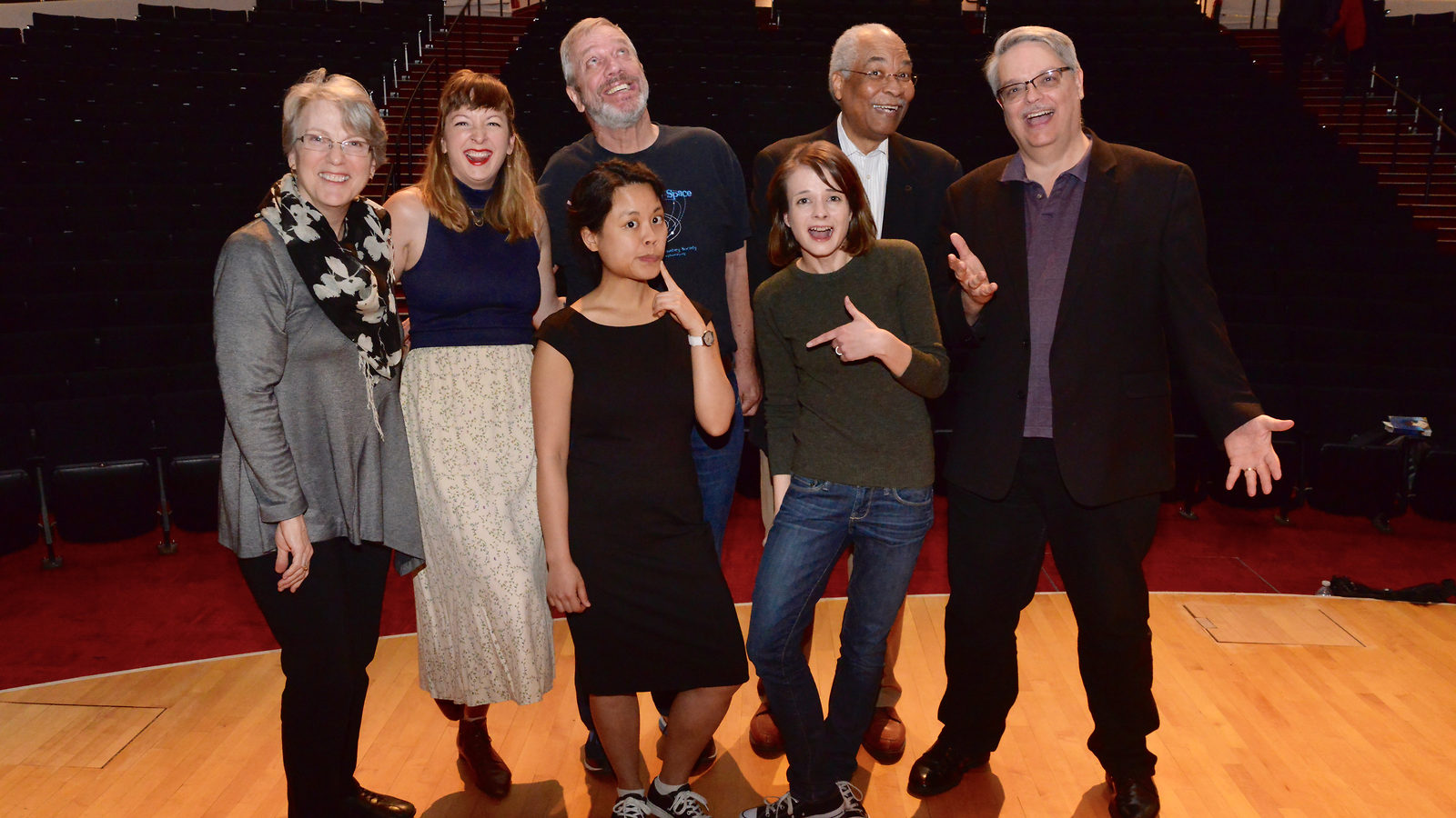Photo of the storytellers of Story Collider gather on stage