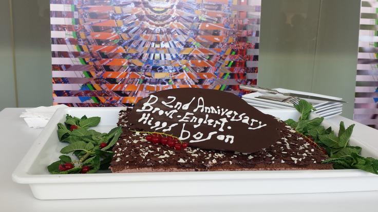 Photo: Higgs cake