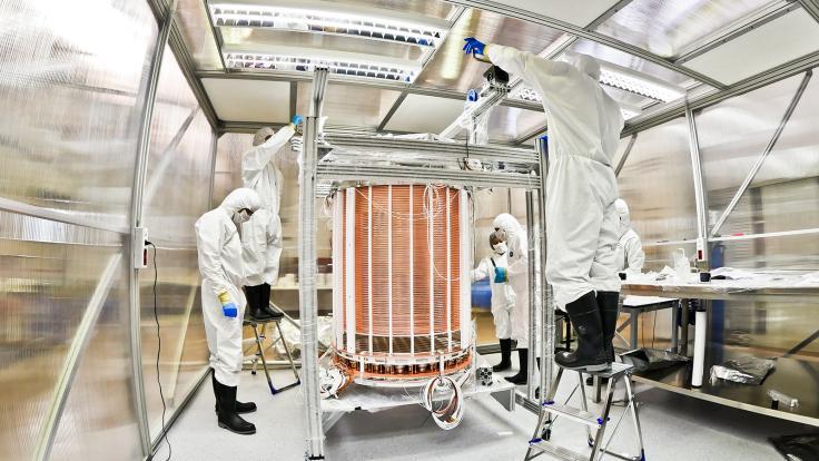 Photo of XENON1T TPC assembly