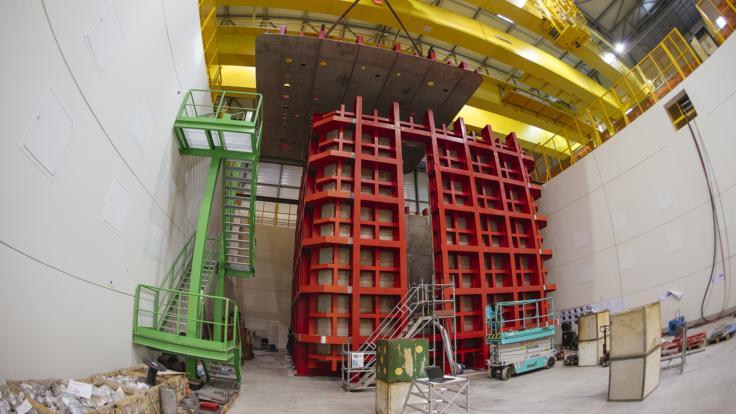 Photo of DUNE prototype at CERN