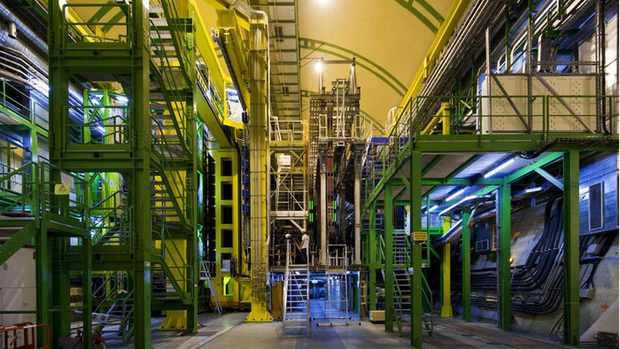 LHCb experiment finds new particles | symmetry magazine